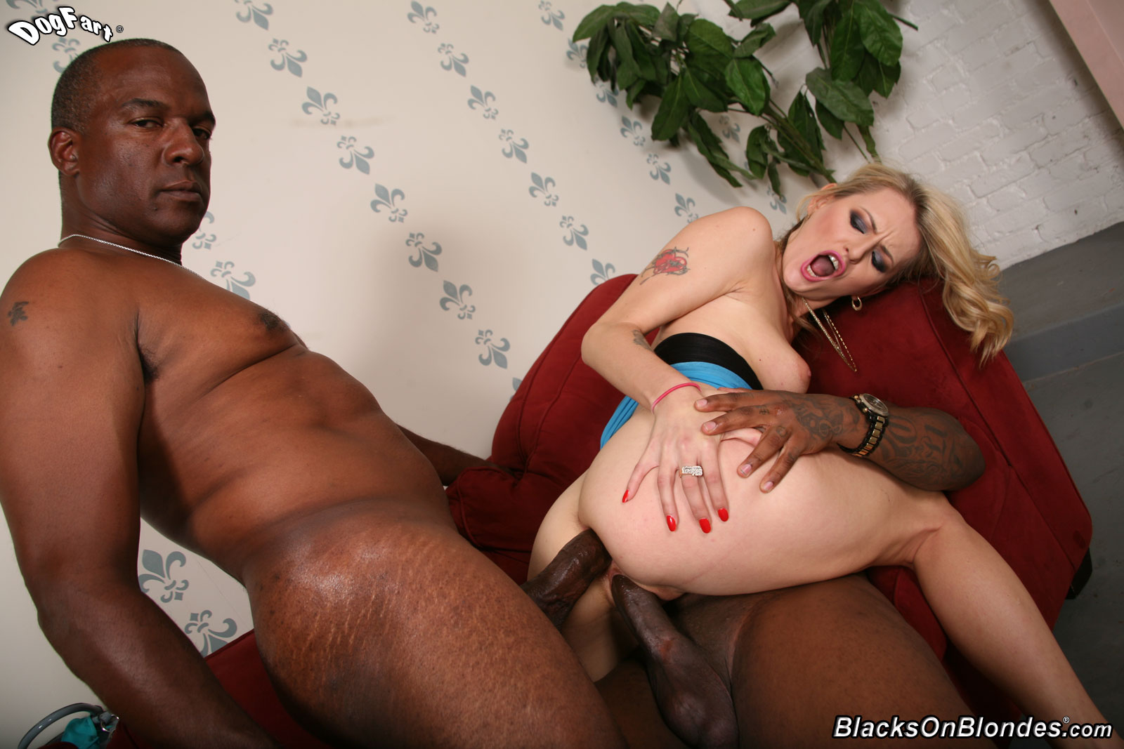 Beautiful body,nice interracial double black cocks in ass Nikki Benz
